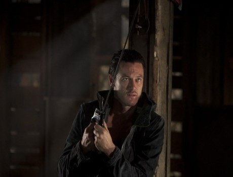 Luke Evans in NO ONE LIVES