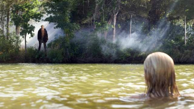 "Derek Mears and Willa Ford in ""Friday the 13th (2009)"""