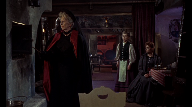 The Brides of Dracula (1960) US Region 1 DVD screencap in 1.66:1 aspect ratio. [Click to enlarge]