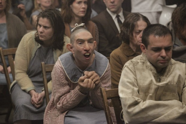 "Naomi Grossman on ""American Horror Story: Asylum"""
