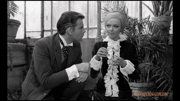 Barbara Steele and Marino Masé in Nightmare Castle (1965)
