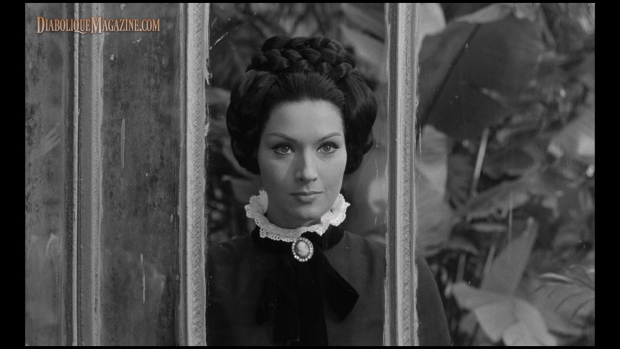 Helga Liné in Nightmare Castle (1965)