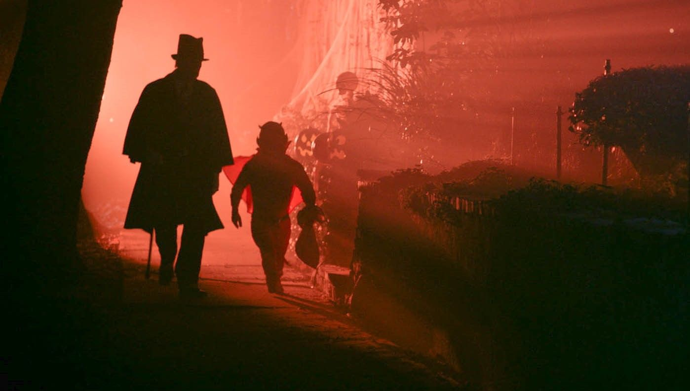 """Tales of Halloween"" puts genre buffs in holiday mood"
