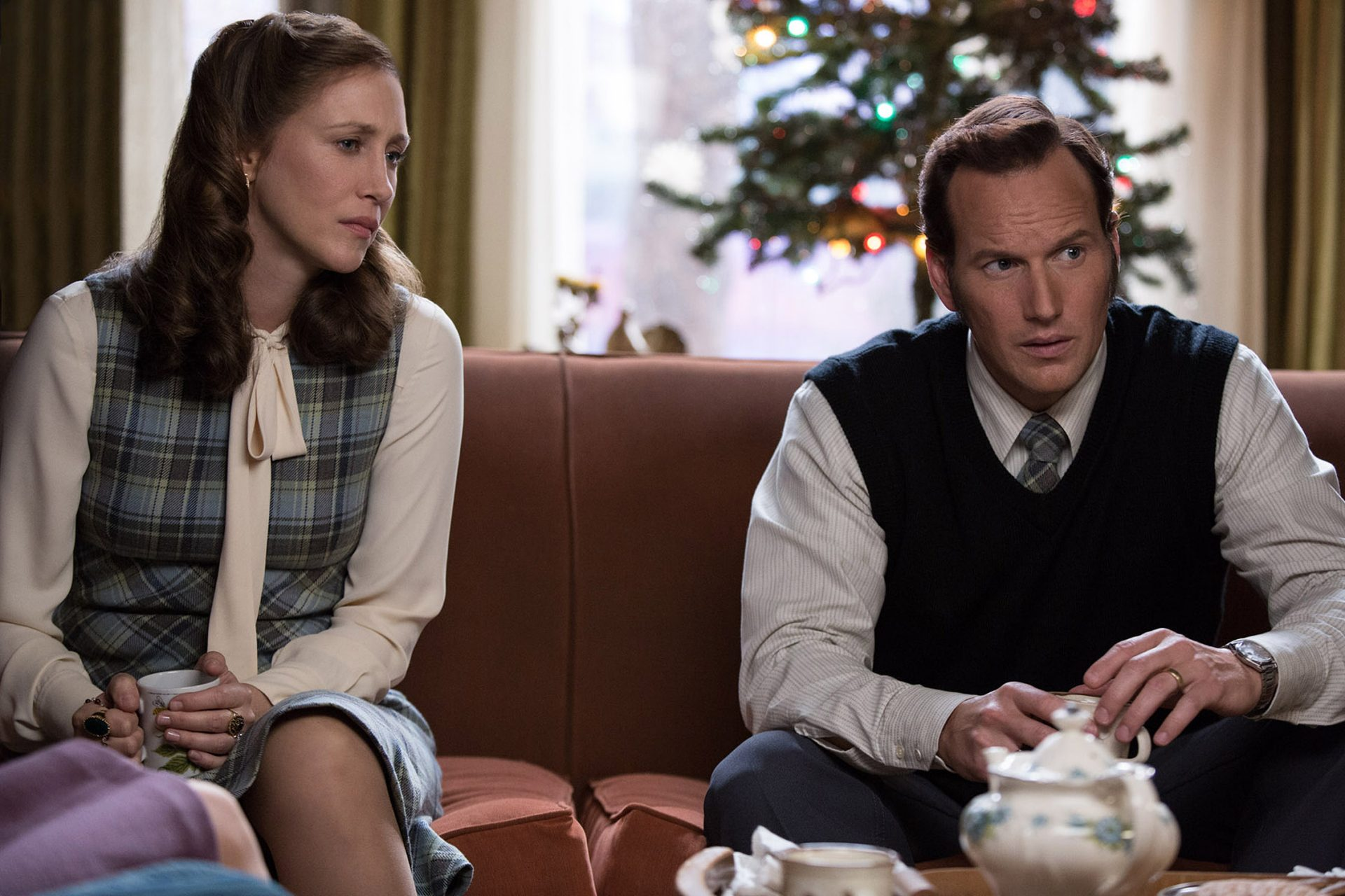 Trailer Debut For 'The Conjuring 2' Keeps It Spooky