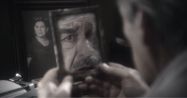 The face in the mirror . The Similars