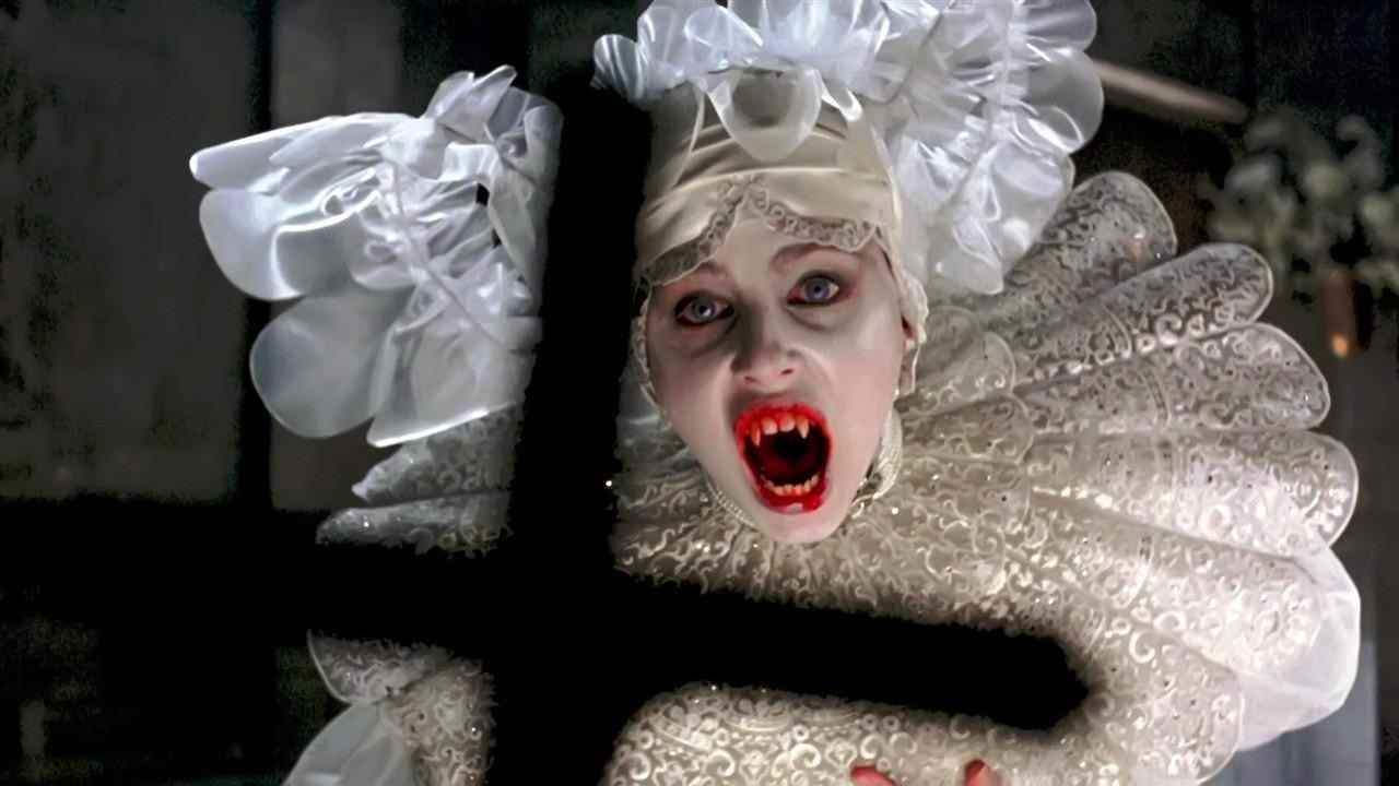 femininity in dracula essay This is a great work how do i cite this in my essay using mla reply gender role blurring in dracula machiavellian society and v for vendetta.