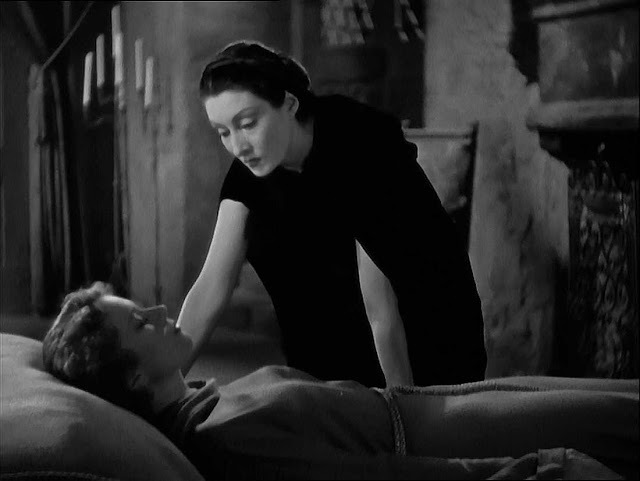 Like a Woman Rising from a Tomb: Dracula's Daughter (1936) and the Fin de Siècle