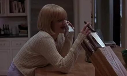 Red Right Hand: Celebrating the 25th Anniversary of Wes Craven's Scream